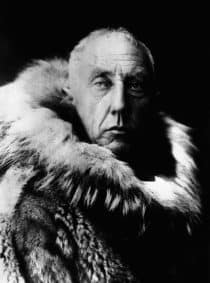 Black and white Portrait of Amundsen